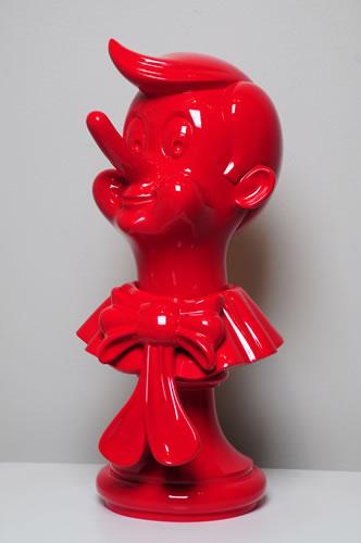 PINOCHO ROJO. Polímero (Resina polyester) 52 x 24 x 24 cm.